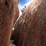 Glenn Tempest on Back Crack (V2), The Devils Marbles. Photo by Karen Tempest.